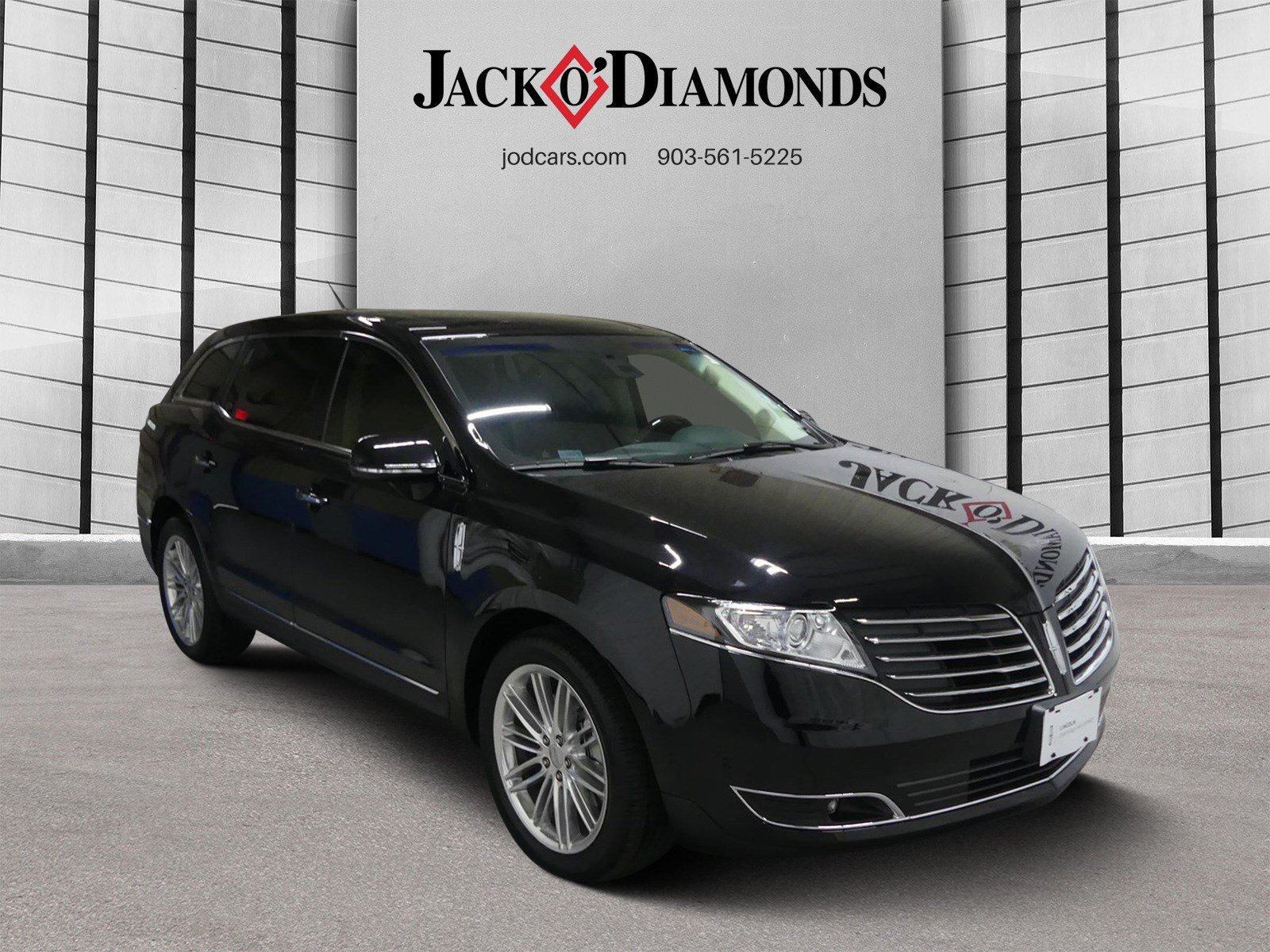 Pre-Owned 2018 Lincoln MKT Reserve